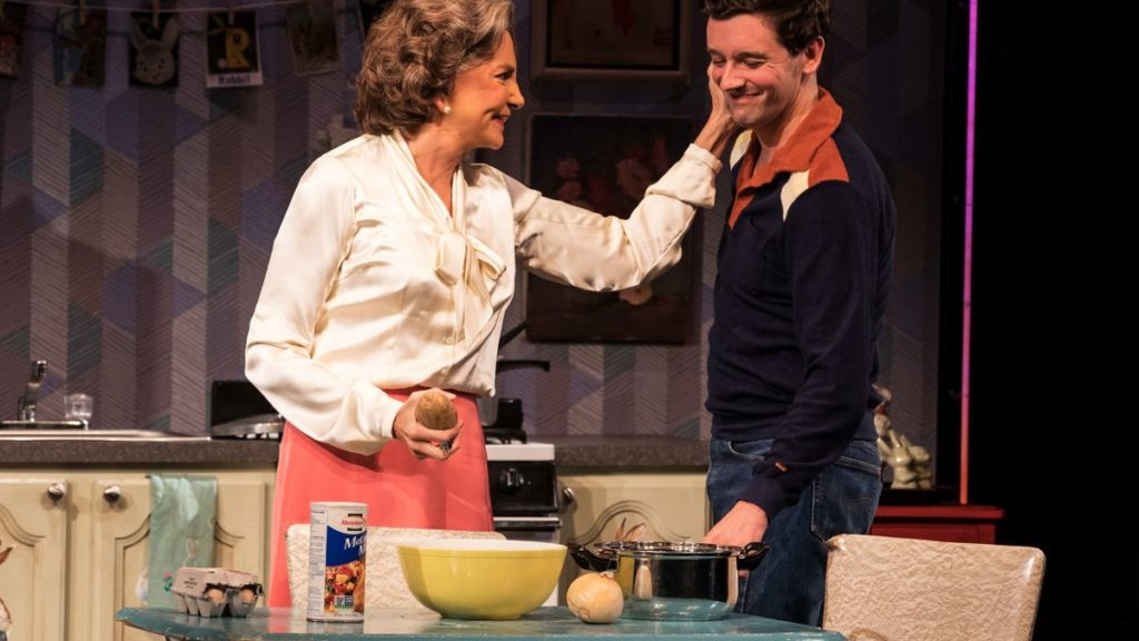 Show Photos - Torch Song - Broadway - 10/18 - Mercedes Ruehl - Michael Urie - Photo: Matthew Murphy